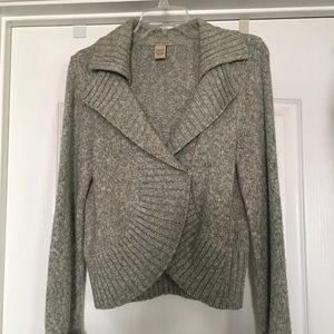 Sweaters - Sweater light grey, will compliment any outfit